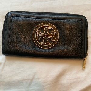 Tory Burch Amanda Wallet